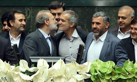 جزئیاتی از پشت صحنه امروز انتخاب هیات رئیسه مجلس/ روحانی پشت عارف را خالی کرد/ ابراز نگرانی شدید کارگزاران از رشد عارف/ ناکامی رئیس دولت اصلاحات برای رسیدن به ریاست یک قوه «تکرار» شد