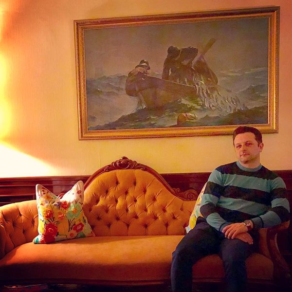علی پهلوان در خانه شخصی اش+عکس