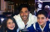 محمد رضا گلزار در کنار اعضای خانواده اش+عکس