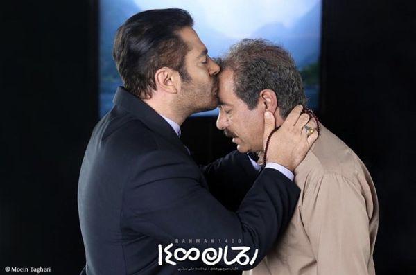 بوسه عاشقانه محمدرضا گلزار + عکس
