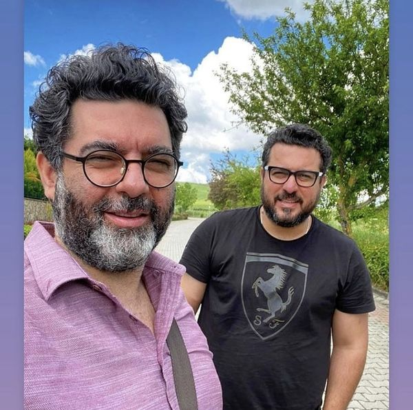 سلفی محسن کیایی و برادرش قبل از ابتلا به کرونا + عکس