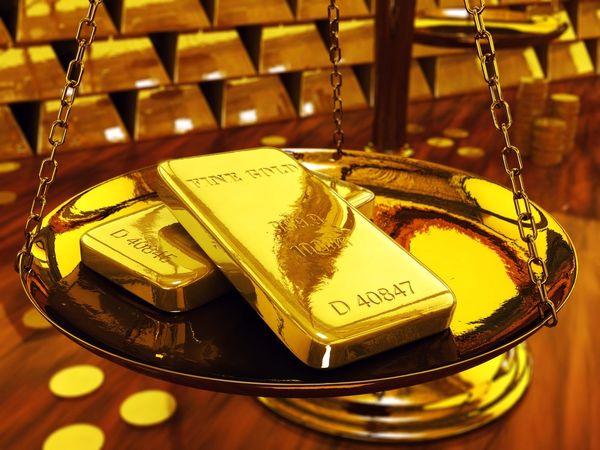 قیمت طلا در معاملات روز دوشنبه کاهش یافت