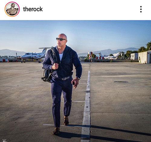 راک و هواپیمای شخصی اش+عکس