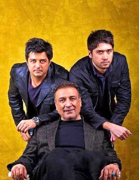 عکس عبدالرضا اکبری با پسران خوشتیپش