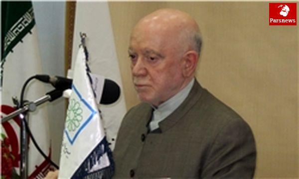 حبیبی: تسلیم محوریت روحانیت هستیم