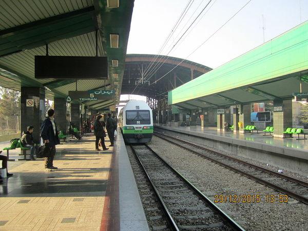 امضاء تفاهمنامه ساخت پروژه متروی هشتگرد به قزوین