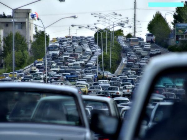 تردد نیمهسنگین خودروها در هراز و کندوان