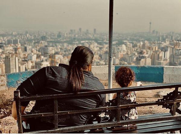 خلوت پدرانه رضا صادقی و دخترش + عکس
