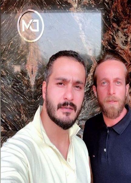 میلاد کی مرام در کنار مدیر باشگاه ورزشی اش + عکس