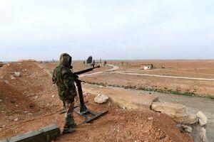 نیروهای ارتش سوریه به ۵ کیلومتری دروازه شرقی شهر ادلب رسیدند