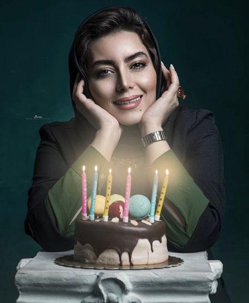 کیک تولد ساده هدیه بازوند + عکس