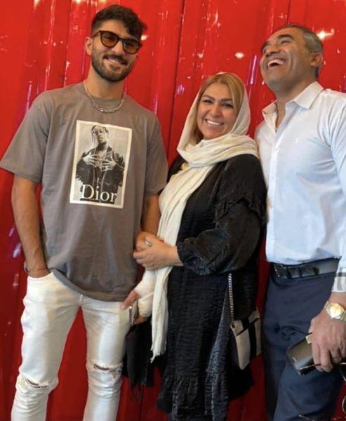 عابدزاده در کنار همسر و پسرش + عکس