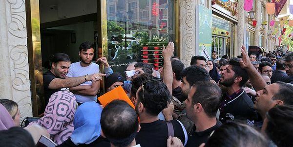 همکاری آمریکا برای اغتشاش در بازار ارزی ایران