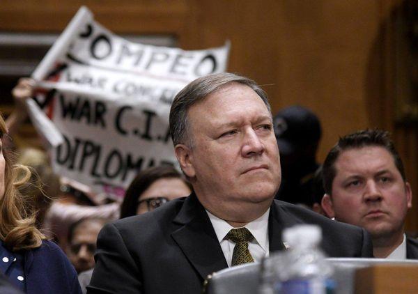 صلاحیت پمپئو در کمیته روابط خارجی سنا رد شد