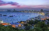 در چه فصلی به تایلند سفر کنیم؟