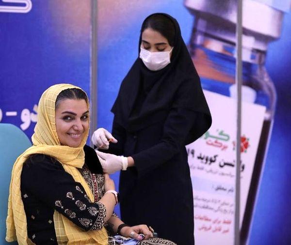 الهام پاوه نژاد هم داوطلب واکسن برکت شد + عکس