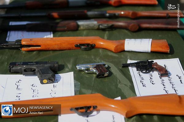 سلاح های کشف شده در طرح رعد+ تصاویر