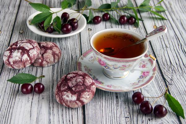 فواید نوشیدن چای آلبالو در روزهای گرم